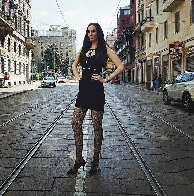 ИНТЕРЕСНОЕ Ноги от ушей: как живётся девушке с самыми длинными ногами в мире?