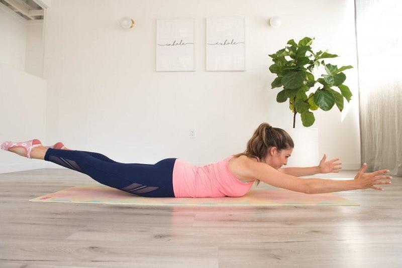 Красивая фигура с помощью пилатеса: 5 эффективных упражнений для ягодиц и пресса