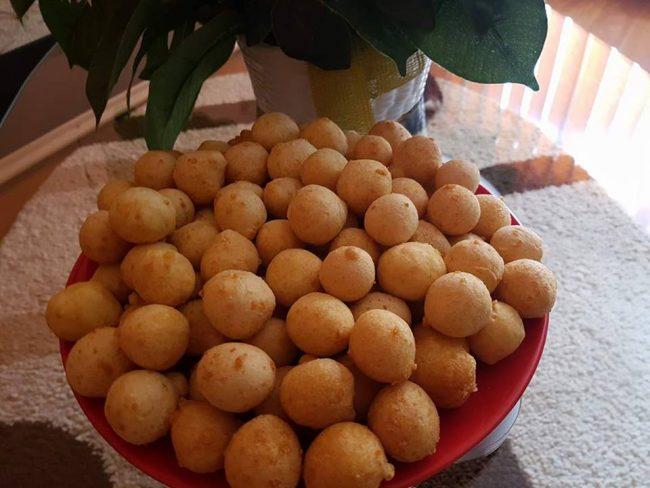 Сырные шарики – пышные, вкусные и простые в приготовлении!