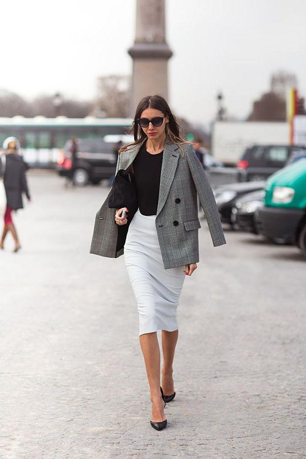 20 образов с юбкой для деловых леди!