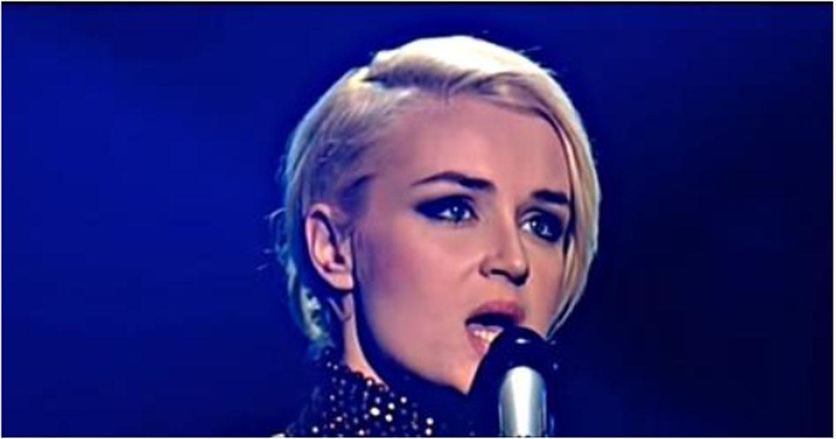 Шикарная Полина Гагарина спела знаменитую песню «Unbreak My Heart»