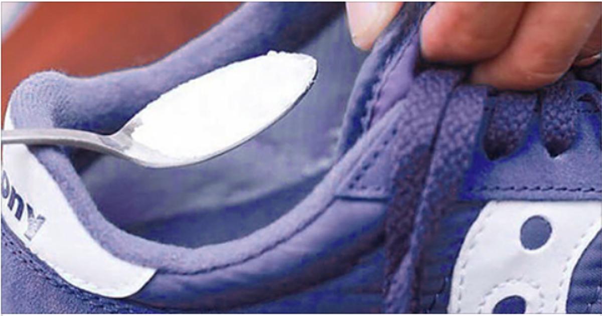 4 способа убрать запах из обуви