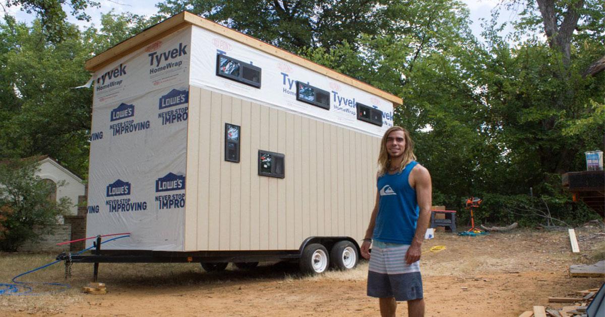Хитрый студент построил дом, чтобы не платить за общежитие