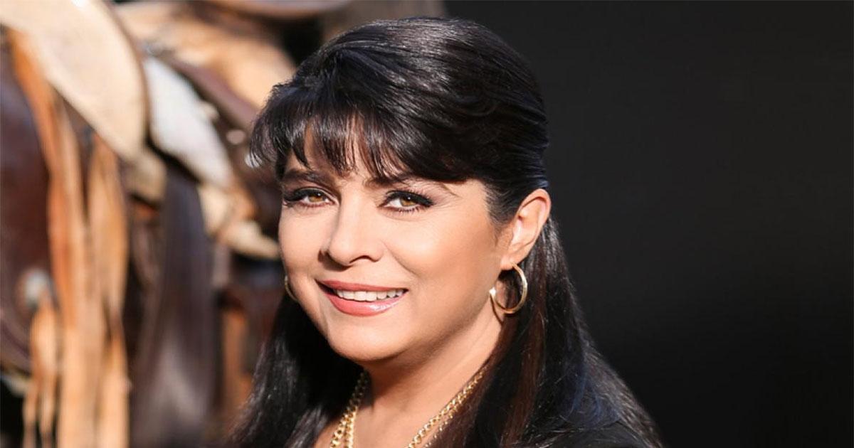 Звезда сериала «Просто Мария» родила двойню в 42. Сейчас актрисе 55