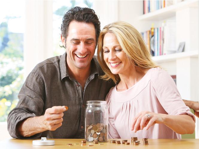 Семейный бюджет: нужно ли делиться деньгами