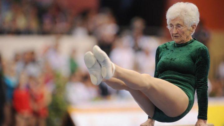 Джоанна Каас уже завоевала 11 медалей среди пожилых спортсменов и радует публику своими потрясающими выступлениями