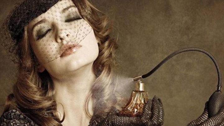 Пятнадцать самых сексуальных женских духов всех времен