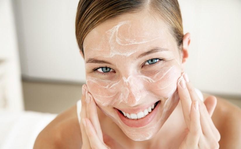 Бьюти-шпаргалка: график правильного ухода за кожей лица на каждый день
