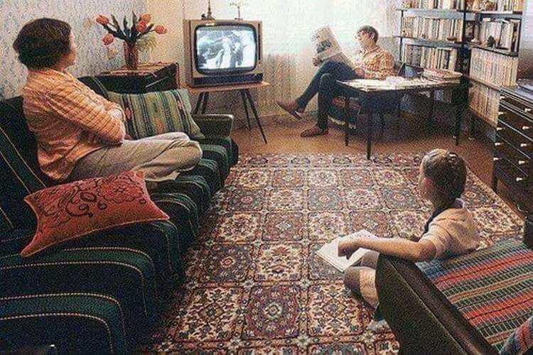 18 до боли знакомых обстановок в советских квартирах
