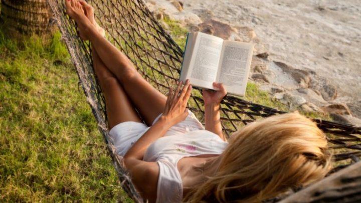 Топ-7 книг для идеального летнего отпуска