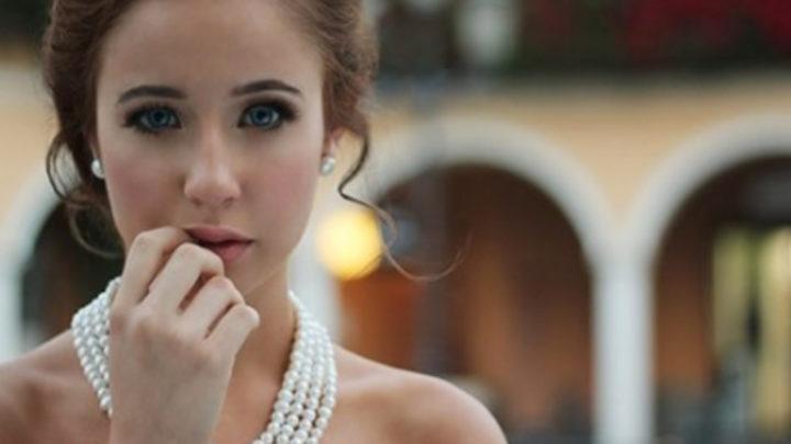 8 вещей, которые не стоит делать женщинам на первом свидании.